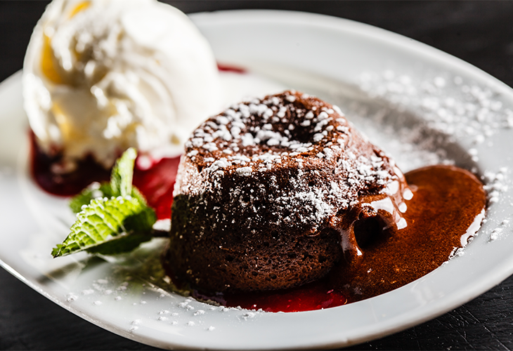 Winter-Spiced Molten Chocolate Cakes with Rum-Ginger Ice ...